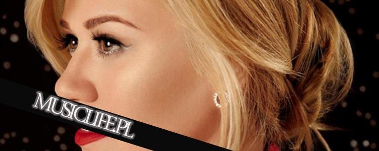 """Kelly Clarkson zaczyna promować """"święta"""""""