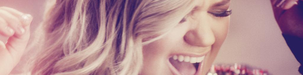 """Kelly Clarkson prezentuje nowy singiel! Zobacz teledysk do """"Invincible""""!"""