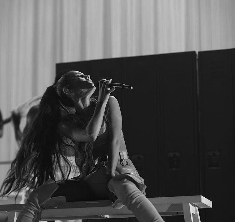 Ariana Grande da charytatywny koncert w Manchesterze! Kto jeszcze się na nim pojawi ?