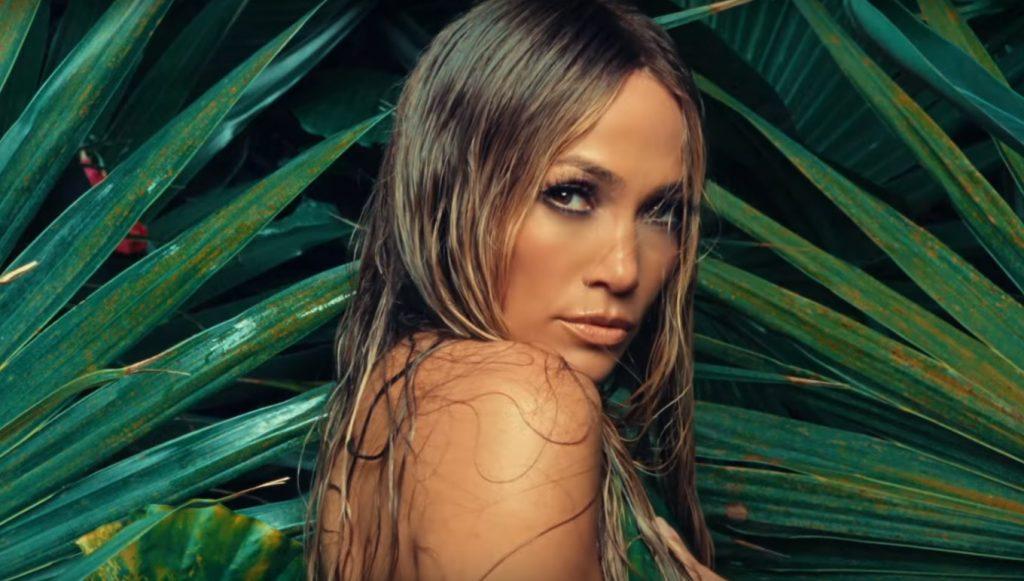 """Jennifer Lopez prezentuje teledysk do singla """"Ni Tú Ni Yo""""! Jest naprawdę gorąco!"""