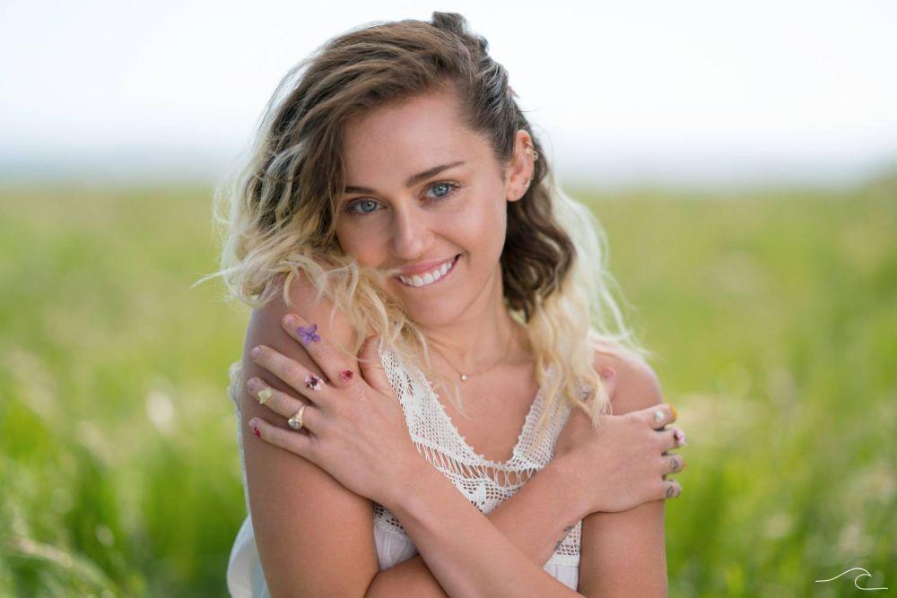 Nowy singiel i szczegóły albumu Miley Cyrus!