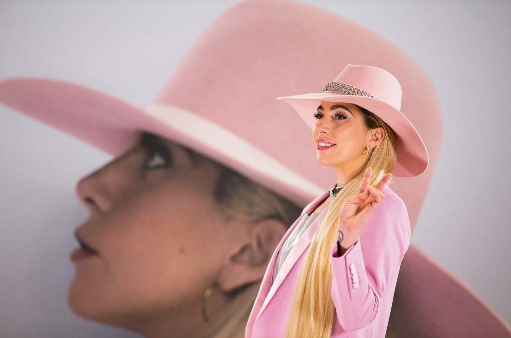 """Lady Gaga w premierowym teledysku do nowej wersji utworu """"Joanne""""!"""