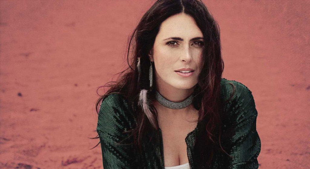 """My Indigo – czyli Sharon den Adel z Within Temptation prezentuje nowy singiel ,,Crash And Burn"""""""