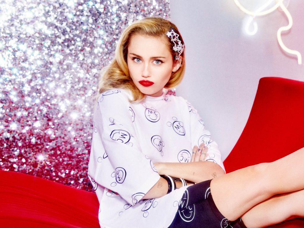 Miley Cyrus przygotowuje się do wydania NOWEJ MUZYKI?!