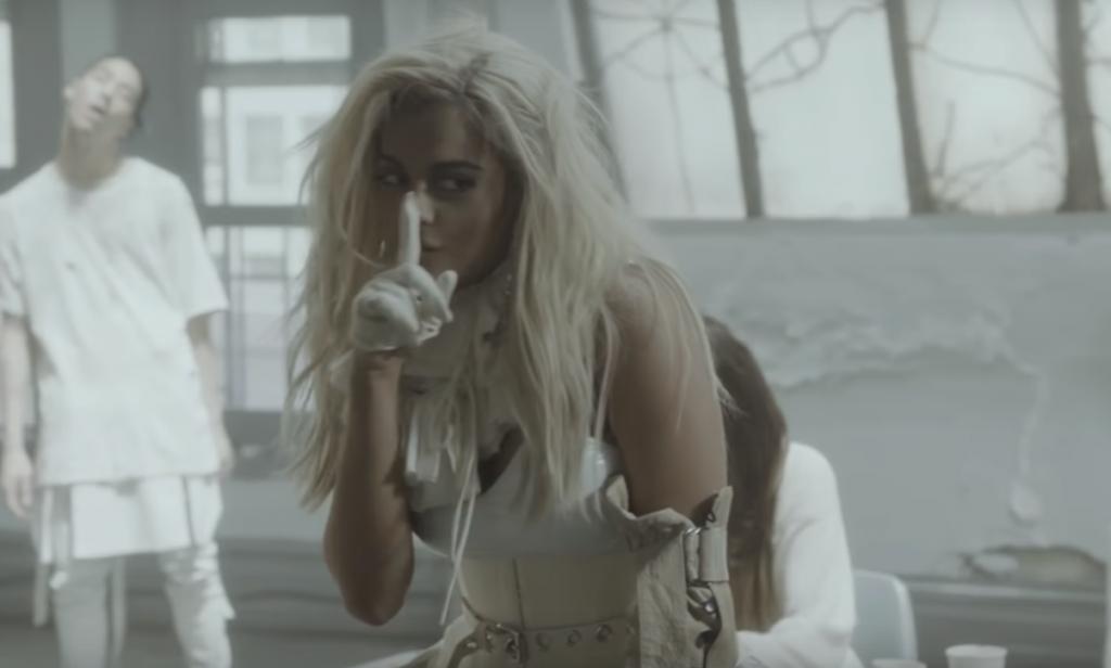 """""""I'm A Mess"""", czyli Bebe Rexha w premierowym teledysku! Mamy motyw SZPITALA!"""