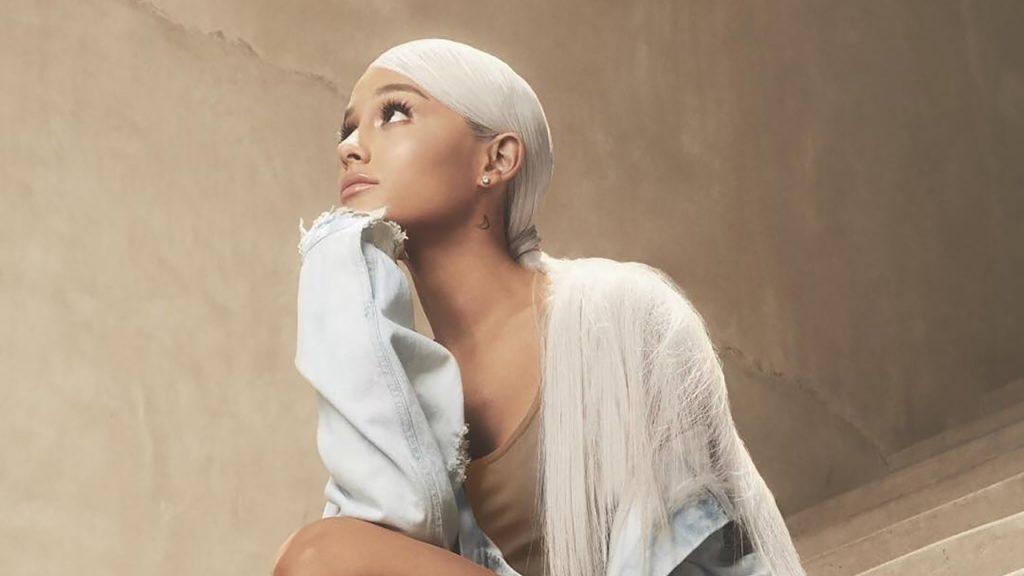 """Ariana Grande w teledysku do singla """"breathin""""!"""