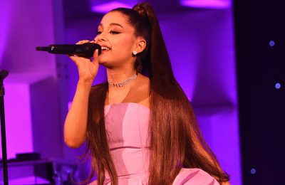 "Ariana Grande na żywo z singlem ""thank you, next""!"