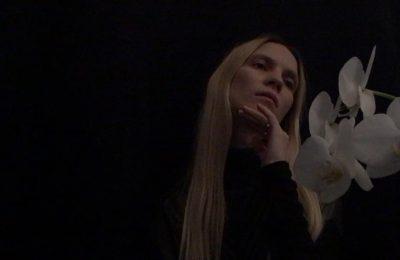 """Mary Komasa prezentuje nową piosenkę ,,Degenerate Love"""" wraz z teledyskiem!"""