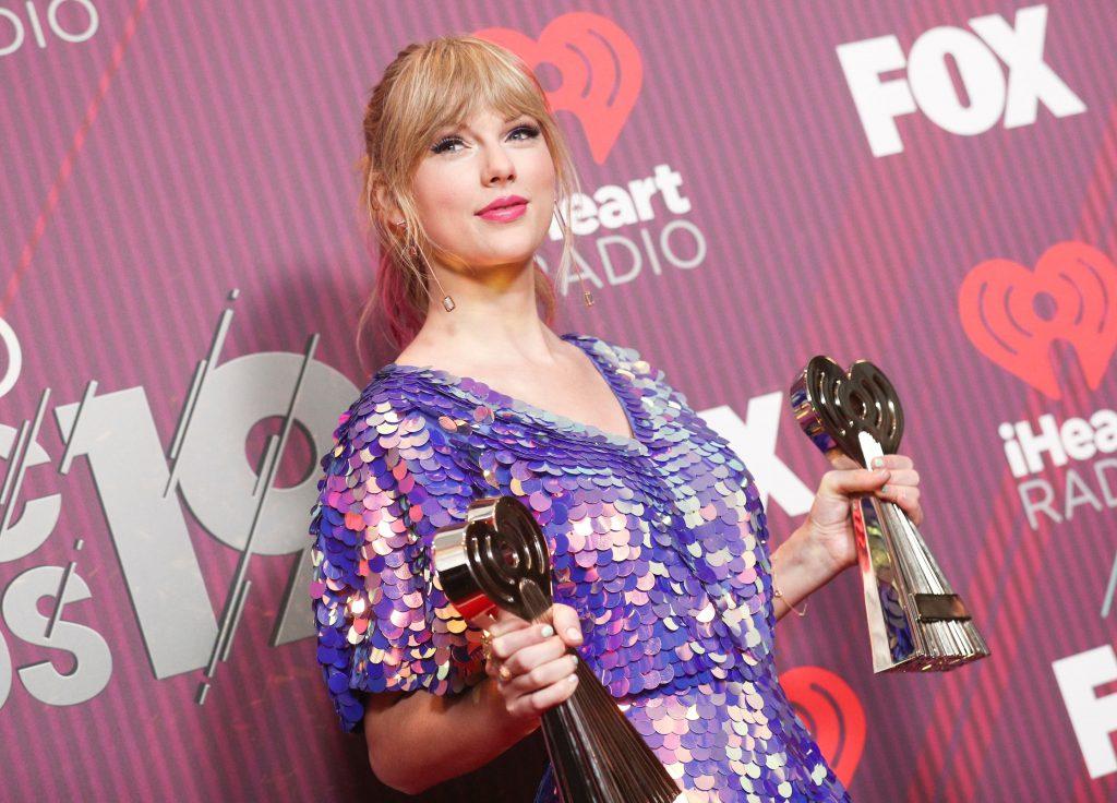 Taylor Swift rozpoczęła ODLICZANIE! Nowy singiel jeszcze w kwietniu?!