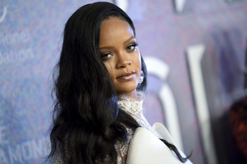 Rihanna we współpracy ze Spotify przygotowuje się do wydania nowej muzyki?!
