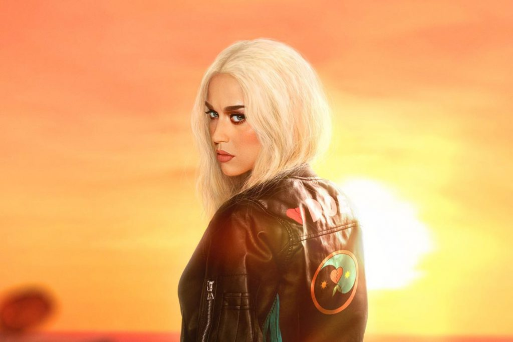 "Katy Perry w teledysku do NOWEGO SINGLA – ""Harleys In Hawaii"""