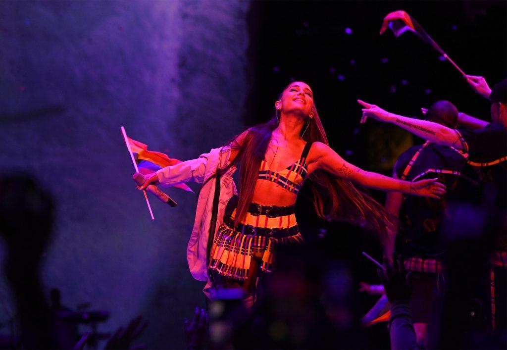 Ariana Grande z prezentem na święta! Koncertowy album JUŻ JEST!