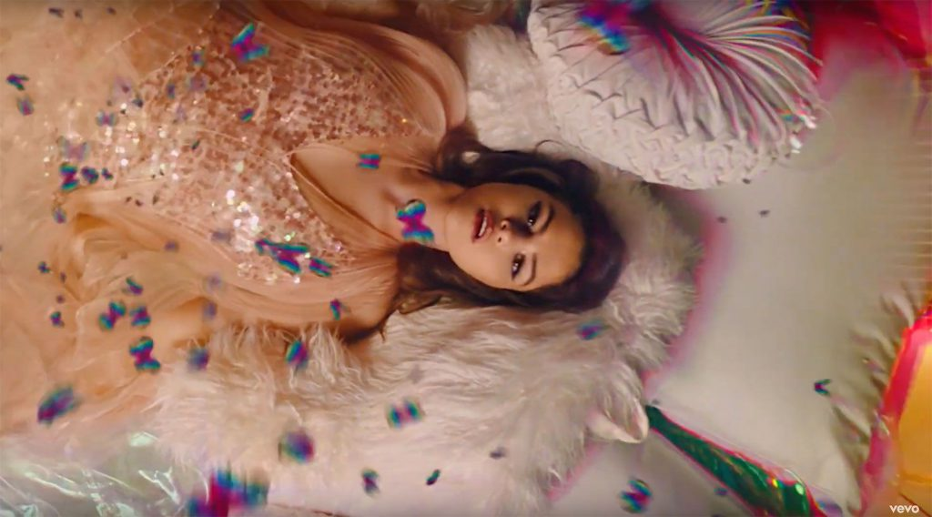 """Selena Gomez w bajkowym klipie do utworu """"Rare""""!"""