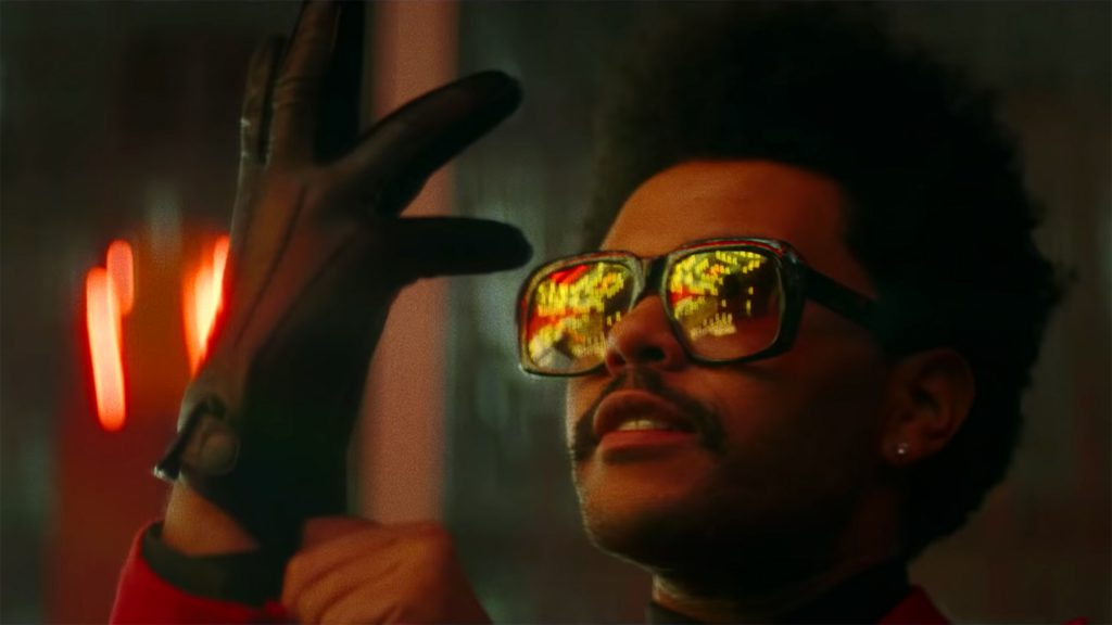 """Krwawiący The Weeknd w klipie do """"Blinding Lights""""!"""