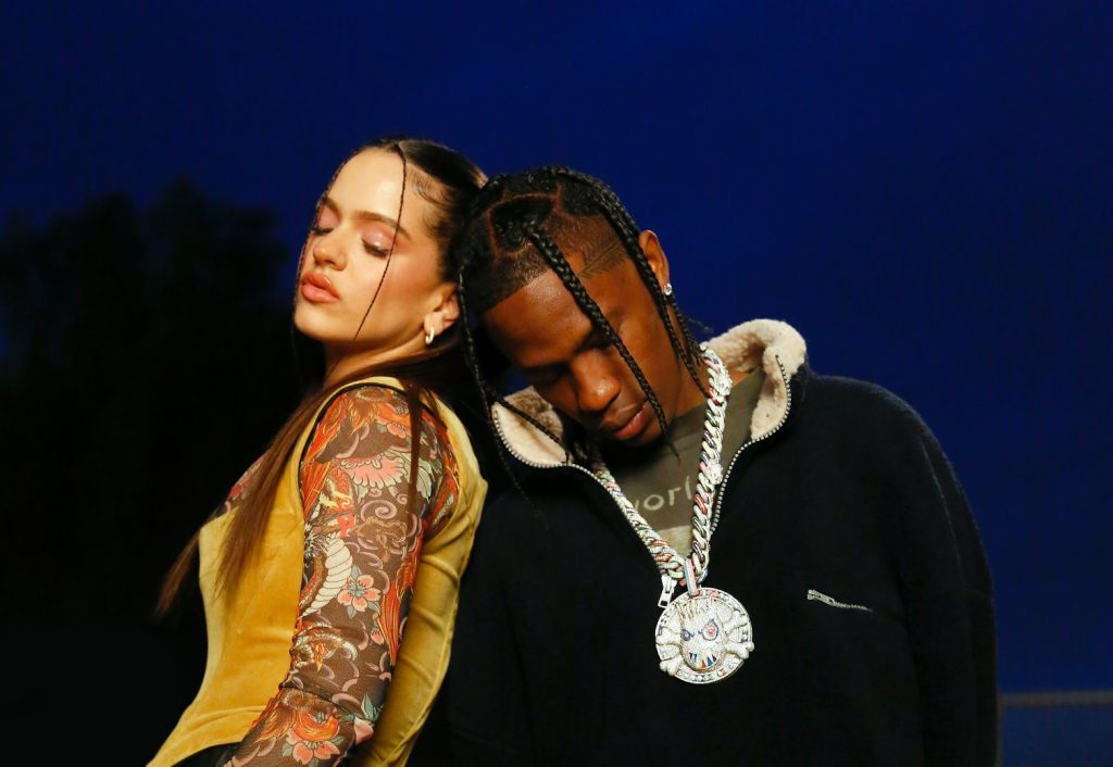 """Duet, który wysadził muzyczny świat. Rosalia i Travis Scott stworzyli """"TKN""""!"""